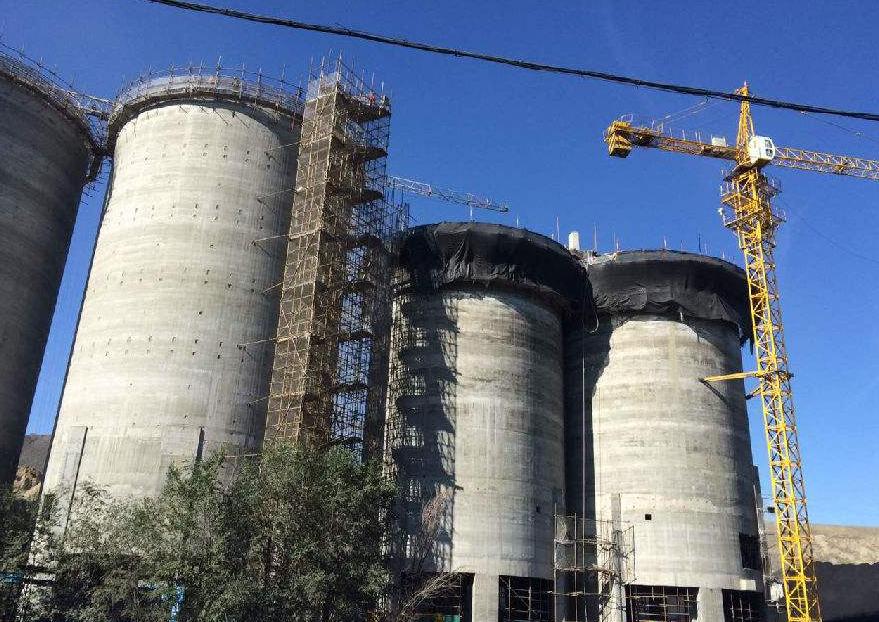 乌东煤矿用启睿架柱式液压回转钻机